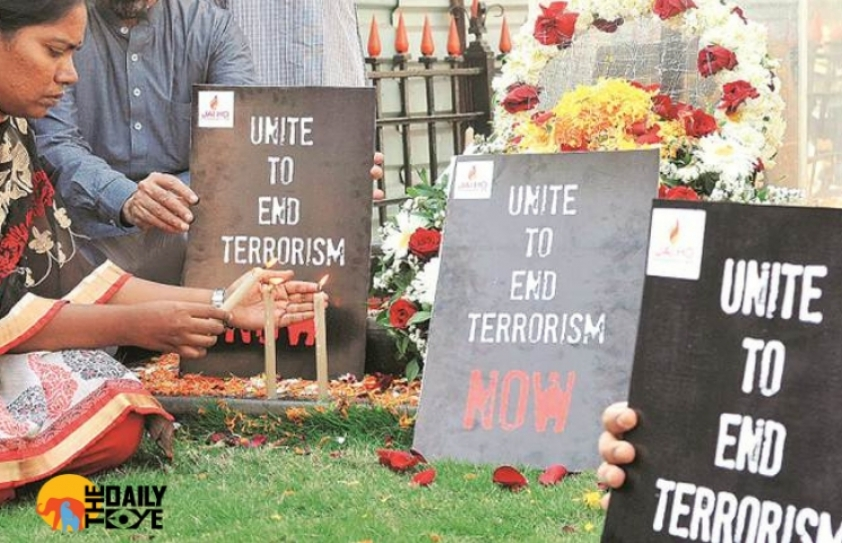 Pulwama Terror Attack: Bollywood unites to show their solidarity