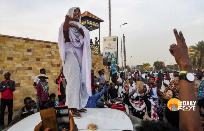 A young woman becomes a 'symbol of hope' for protestors in Sudan
